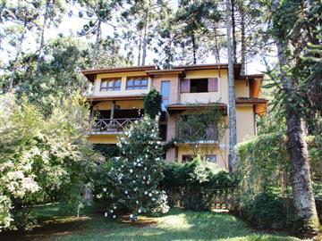 Casas Alto Padrão no bairro Parque das Araucárias na cidade de Monte Verde