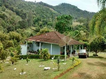 Chácaras no bairro Nao Especificado na cidade de Camanducaia