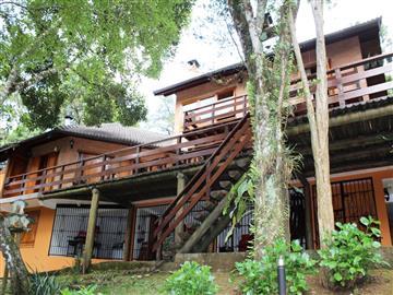Casas Alto Padrão no bairro Jardim da Represa na cidade de Monte Verde