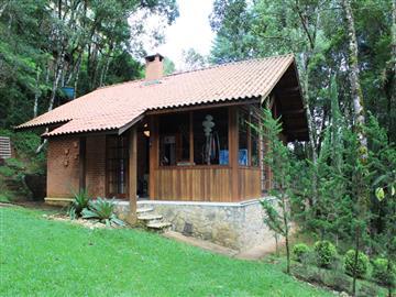 Casas no bairro Jardim da Represa na cidade de Monte Verde