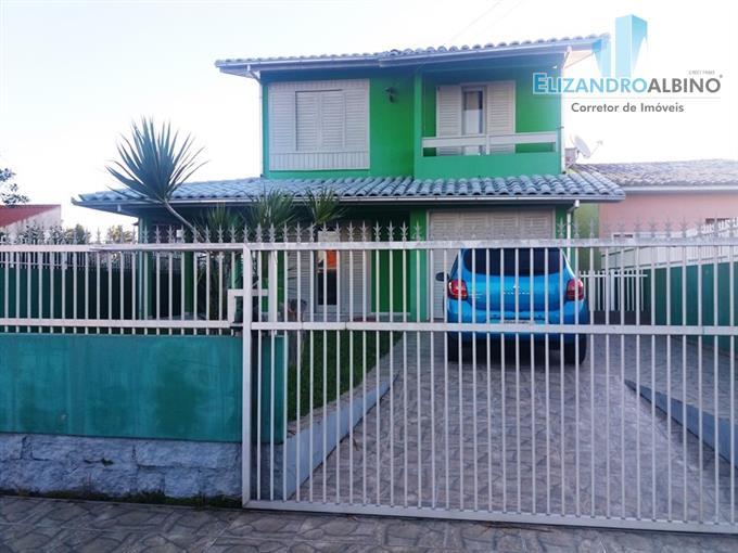 Casas em Içara no bairro Balneário Rincão