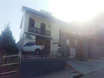 Casas Criciuma R$ 650.000,00
