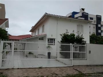 Casas na Praia Içara R$ 586.000,00