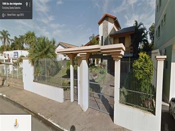 Casas  Criciuma R$995.000,00
