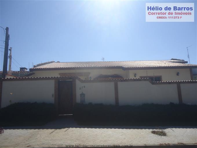 Casas em Atibaia no bairro Vila Santista