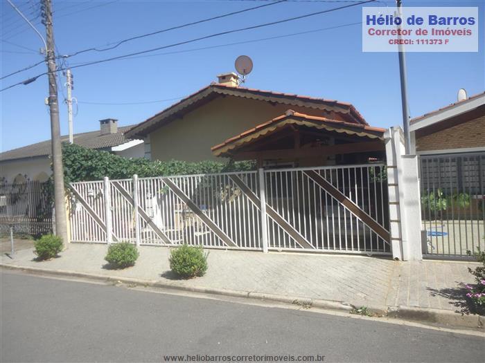 Casas em Atibaia no bairro Vila dos Netos