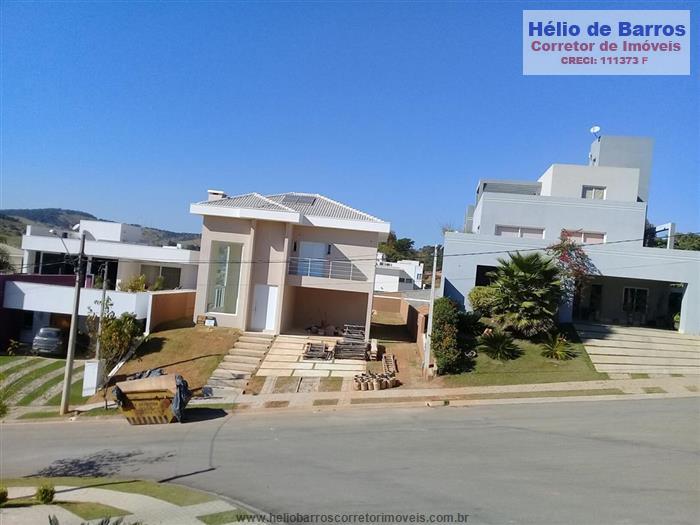 Casas em Condomínio em Atibaia no bairro Condominio Figueira Garden