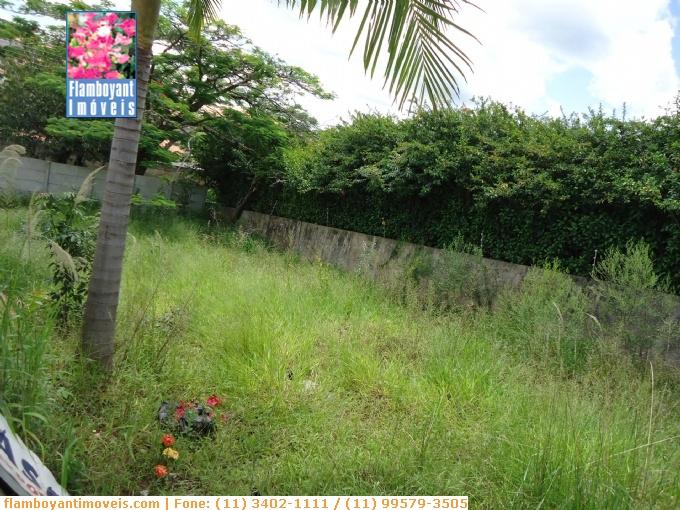 Terrenos em Atibaia no bairro Jardim Tapajós
