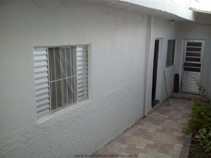 Casas em Caieiras no bairro Jardim dos Pinheiros