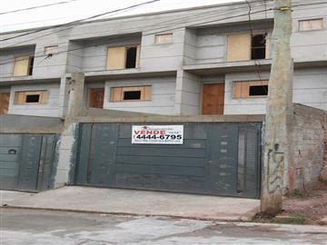 Casas da Caixa Econômica Federal no bairro Parque Vitoria na cidade de Franco da Rocha