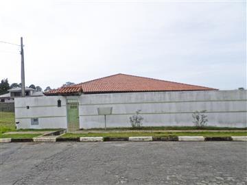 Ref: 540 Casas em Condomínio R$4.000,00