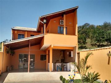 Casas no bairro Não Especificado na cidade de Jarinú