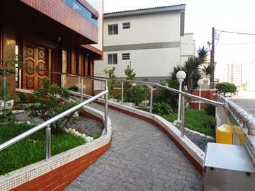 Apartamentos no Litoral no bairro Campo da Aviação na cidade de Praia Grande