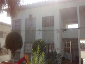Apartamentos no bairro Vila Tupí na cidade de Registro
