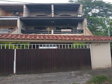 Casas no bairro Jardim Hatori na cidade de Registro