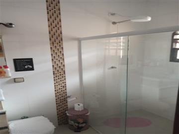 Casa em Registro Jardim Hatori  3 dormitórios R$        2.500,00