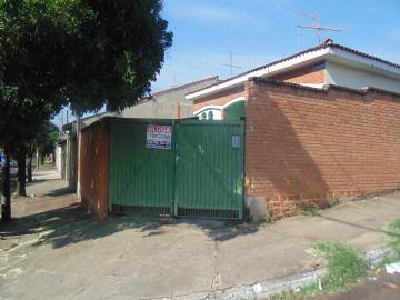 Casas no bairro Parque Laranjeiras na cidade de Araraquara