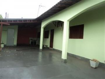 Casas no bairro Vila Melhado na cidade de Araraquara