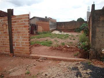Terrenos no bairro Jardim América Vila Xavier na cidade de Araraquara