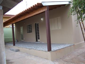 Edículas no bairro Vila José Bonifácio na cidade de Araraquara