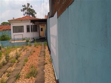 Casas no bairro São José na cidade de Araraquara