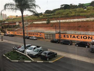 Comercial no bairro Lago do Taboão na cidade de Bragança Paulista