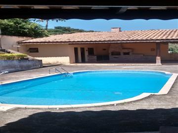 Casas em Condomínio  Atibaia R$800.000,00